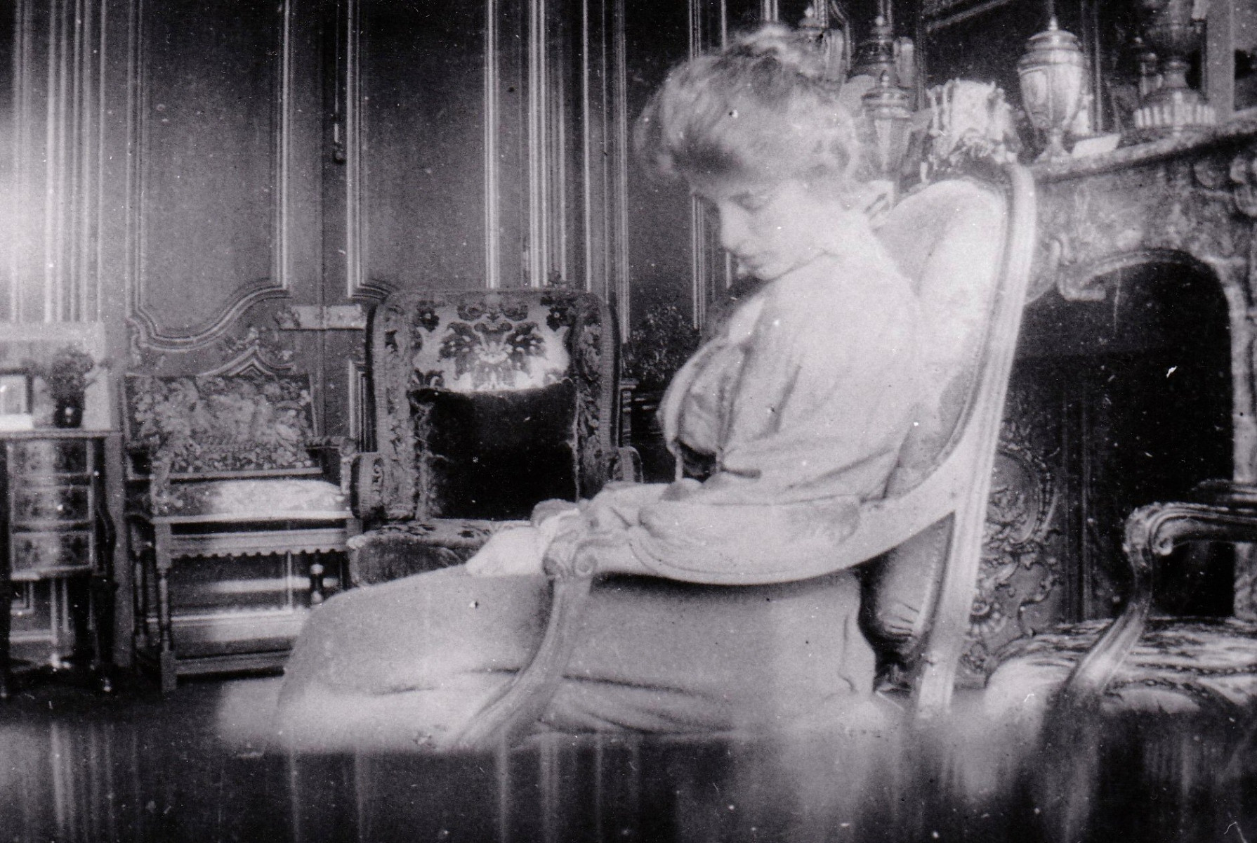 44.-The-Drawing-Room-with-lady-asleep