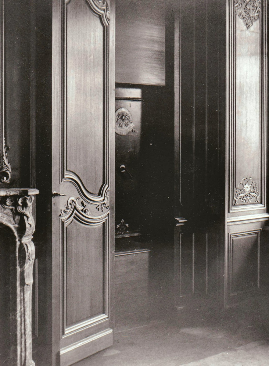56.-The-Business-Room