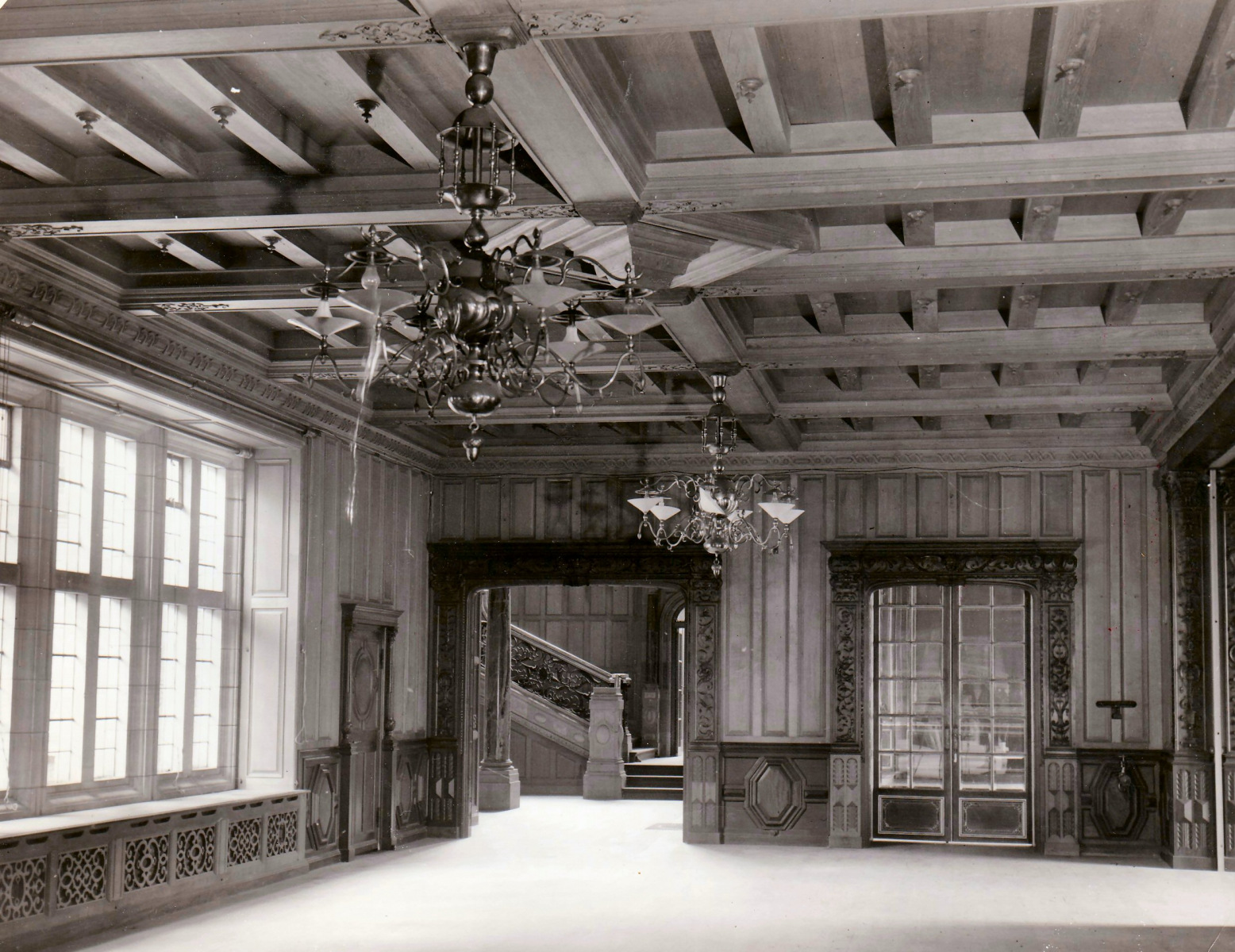 40.-The-Hall-showing-wooden-ceiling
